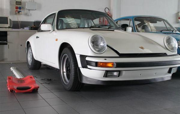 Restauro Porsche911 Carrera 3,2 del 1985