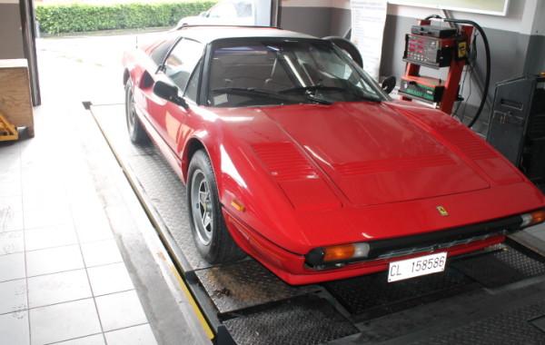 Restauro Ferrari 308 4 valvole del  1984